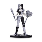 Ex-Display Batman Black and White Harley Quinn Statue by Amanda Conner Used - Like New