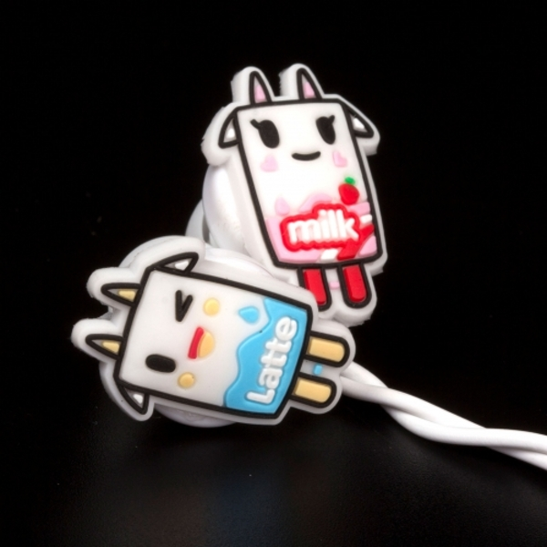 Thumbs Up! Tokidoki - Milk Earphones
