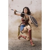 Wonder Woman (Justice League Movie) Bandai Tamashii Nations SH Figuarts Figure
