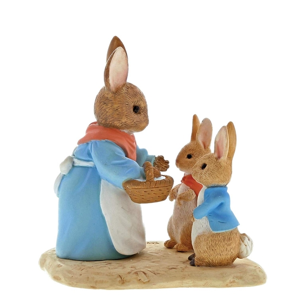 Mrs Rabbit, Flopsy & Peter Rabbit Figurine
