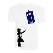Doctor Who - Little Girl and Tardis Men's XXX-Large T-Shirt - White
