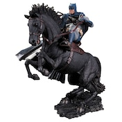 A Call To Arms Batman (The Dark Knight Returns) Statue
